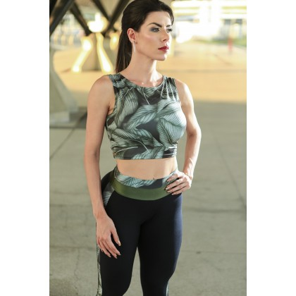 Blusa Cropped Green Leaves Dynamite
